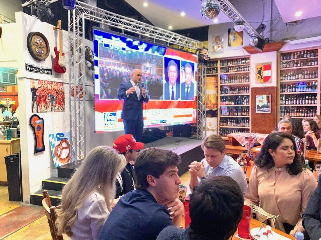 Armando Ibarra, the president of Miami Young Republicans, addresses the crowd at the Miami Young Republicans State of the Union watch party on Feb. 4, 2020. (Francis/SFMN)